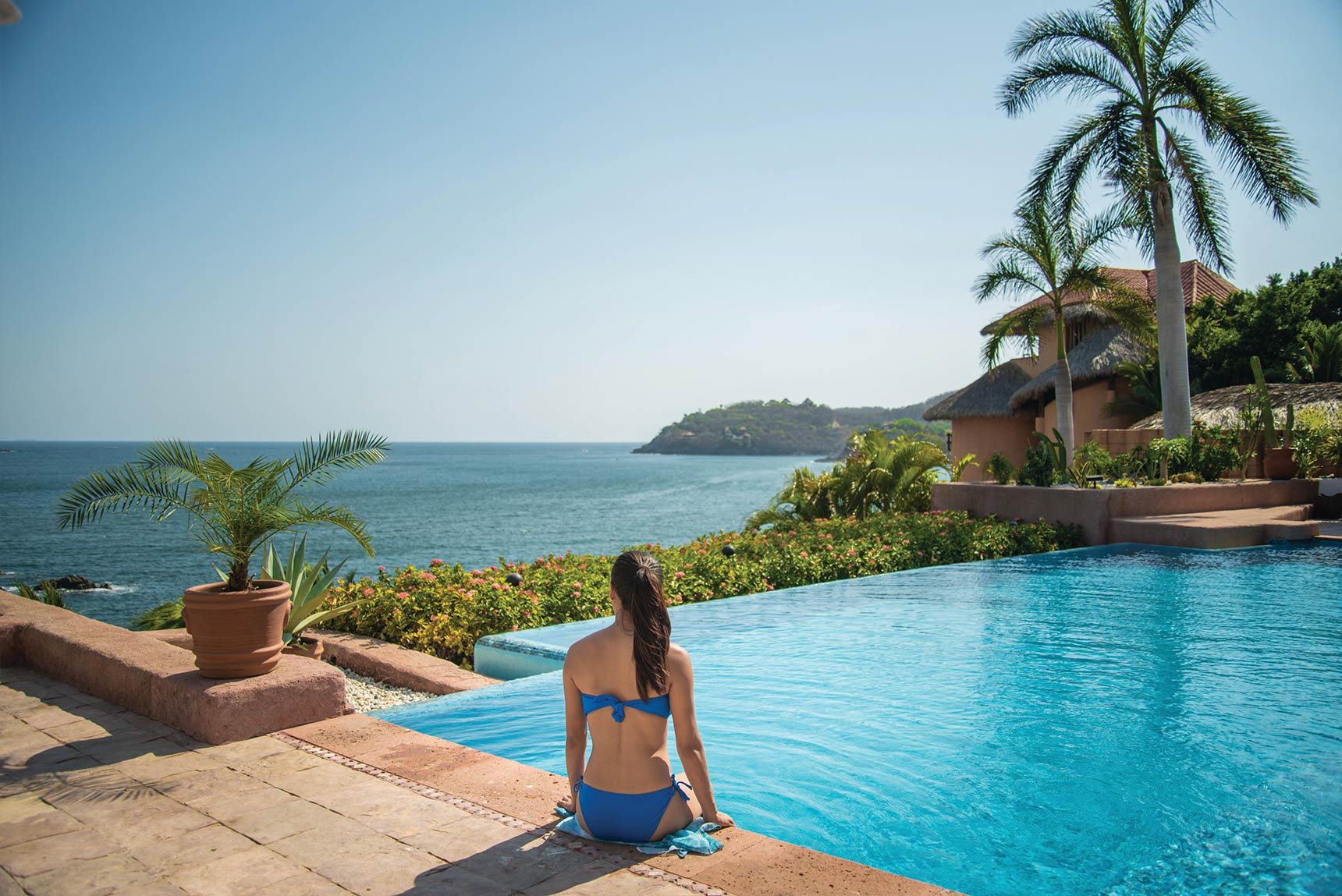 Zihuatanejo Luxury Hotels